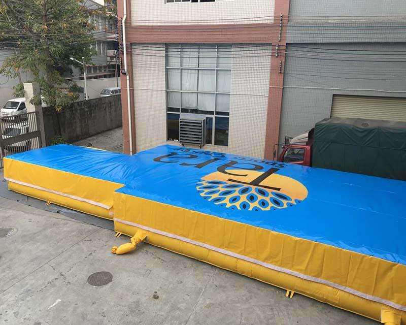 Powerful Toys trampoline air bag cheapest factory price for wholesale