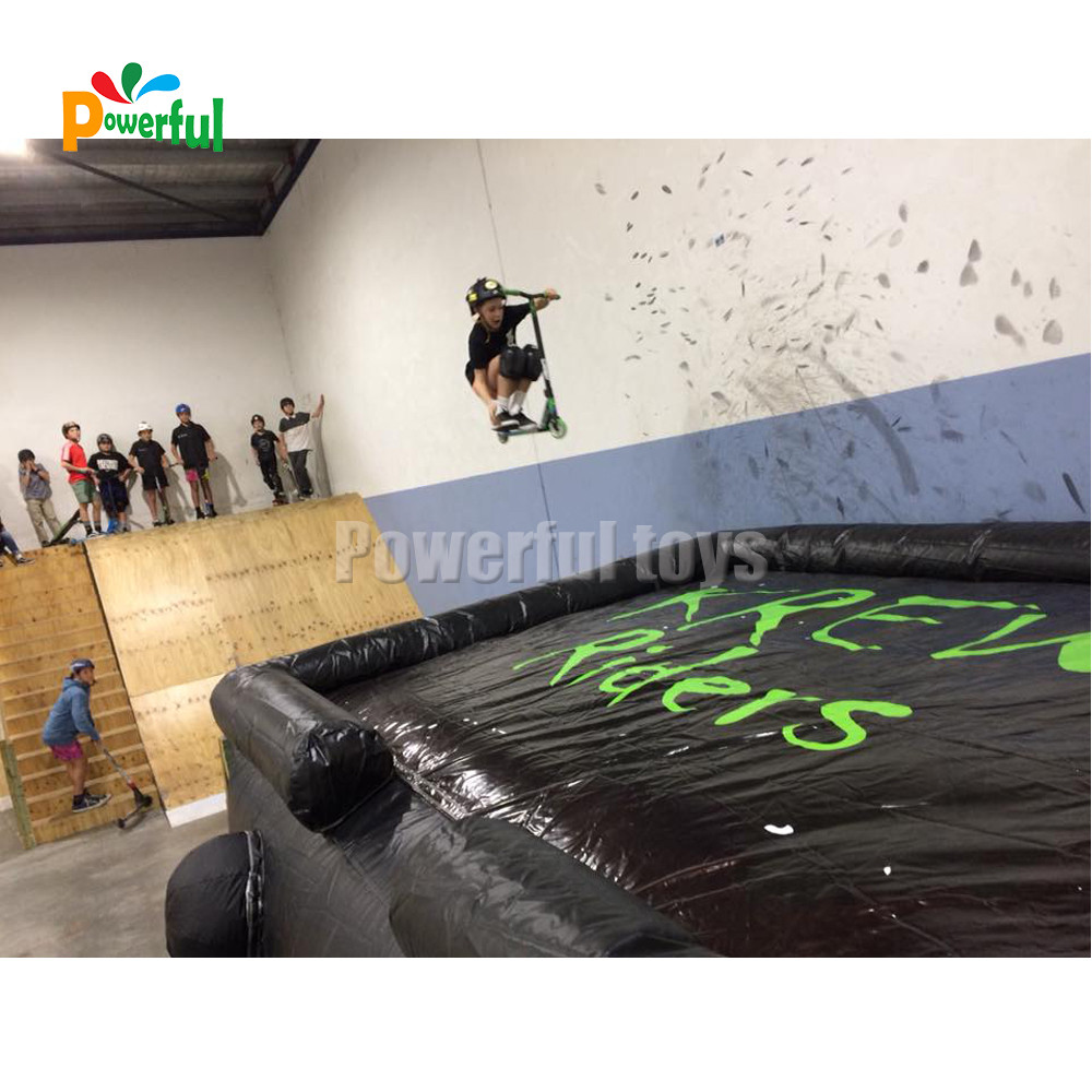 Powerful Toys inflatable freestyle air bag free for game-8