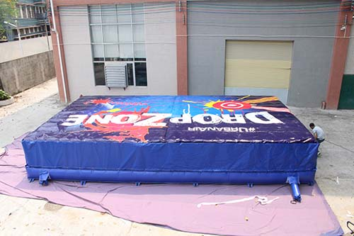 Customized Big Foam pit airbag for trampoline park-1