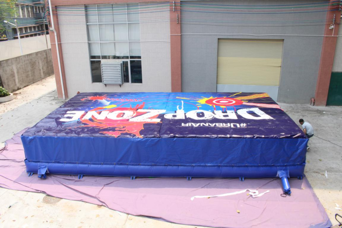 Customized Big Foam pit airbag for trampoline park-4