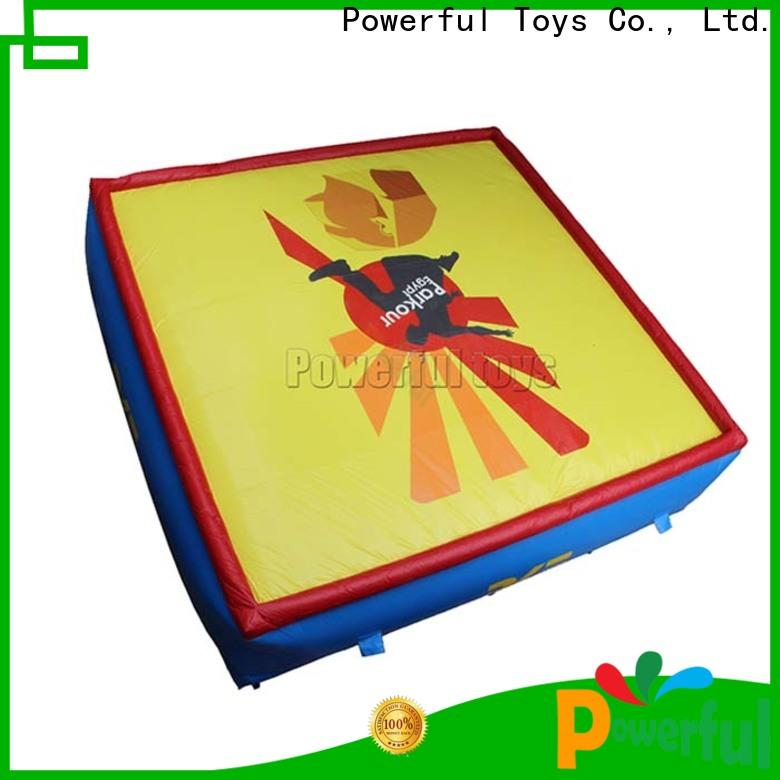 customized jumping airbag platform for skiing