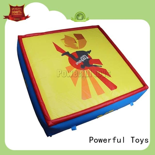 Powerful Toys free-fall jumping airbag stunt for sport