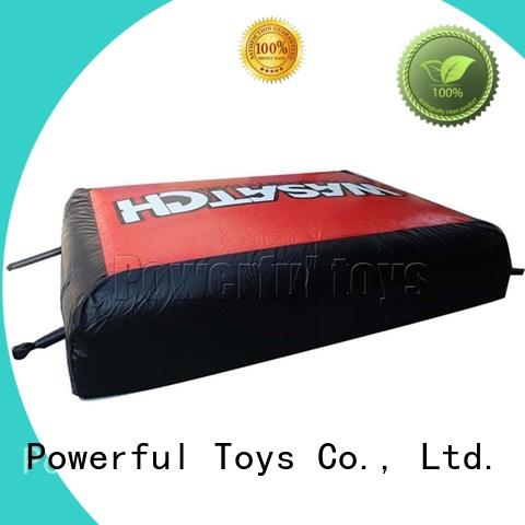 Powerful Toys airbag snowboard ramp for skiing