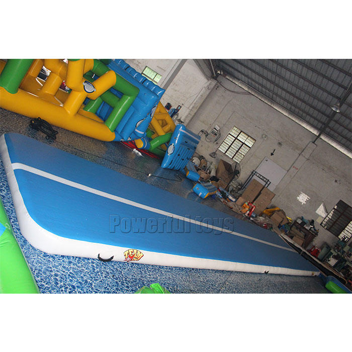 Powerful Toys longest air track trampoline top selling floor-2