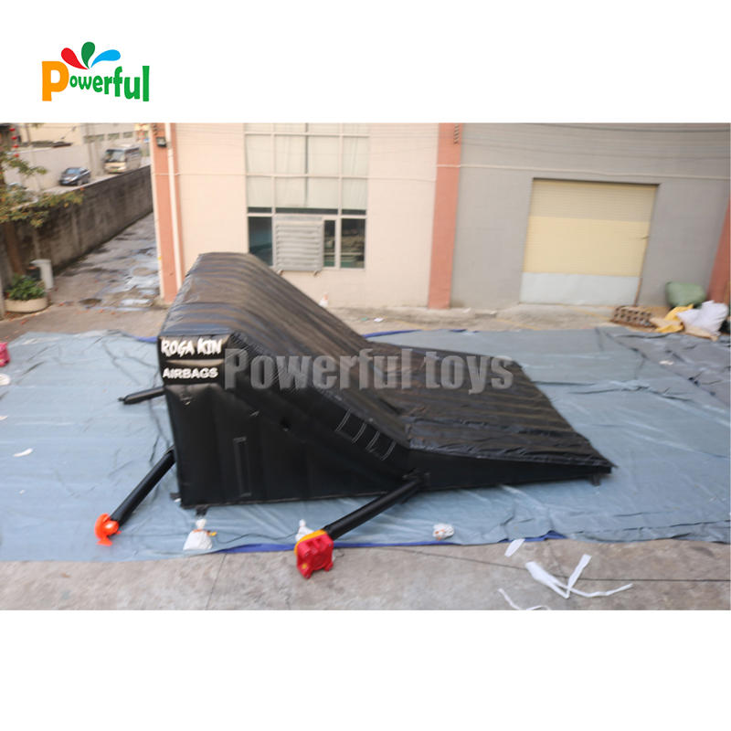 Inflatable bmx bike landing air bag with ramp