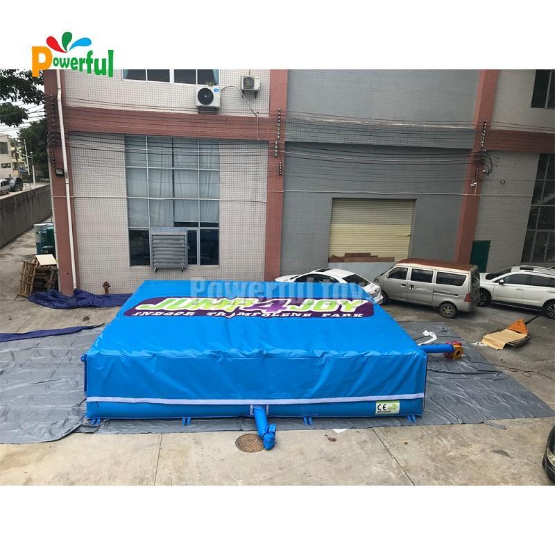 Foam pit freefall landing airbag for trampoline park