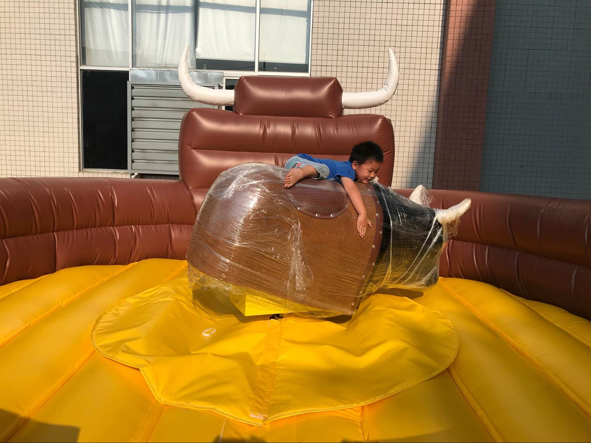 Powerful Toys mechanical bull riding fast delivery wholesale-5