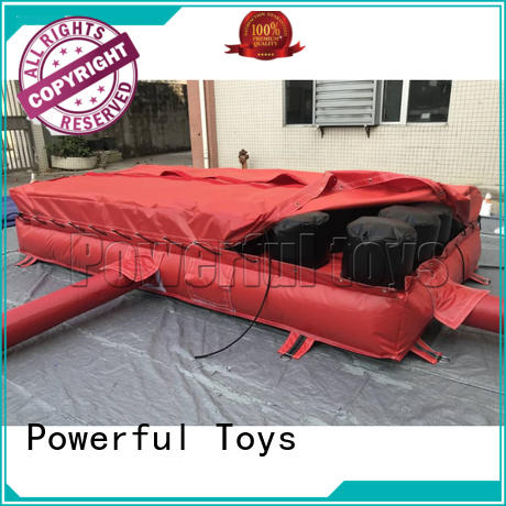 Powerful Toys inflatable jump air bag landing